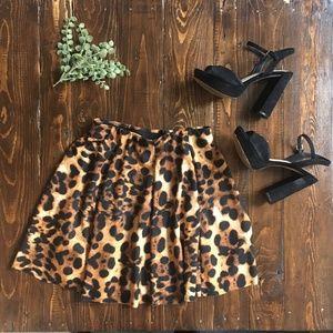 Zara Skirts - ZARA Leopard Mini Skirt - Elastic Waist - Medium